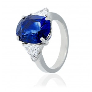 VINTAGE SAPPHIRE OVAL RING WITH DIAMOND IN WHITE GOLD J236-20