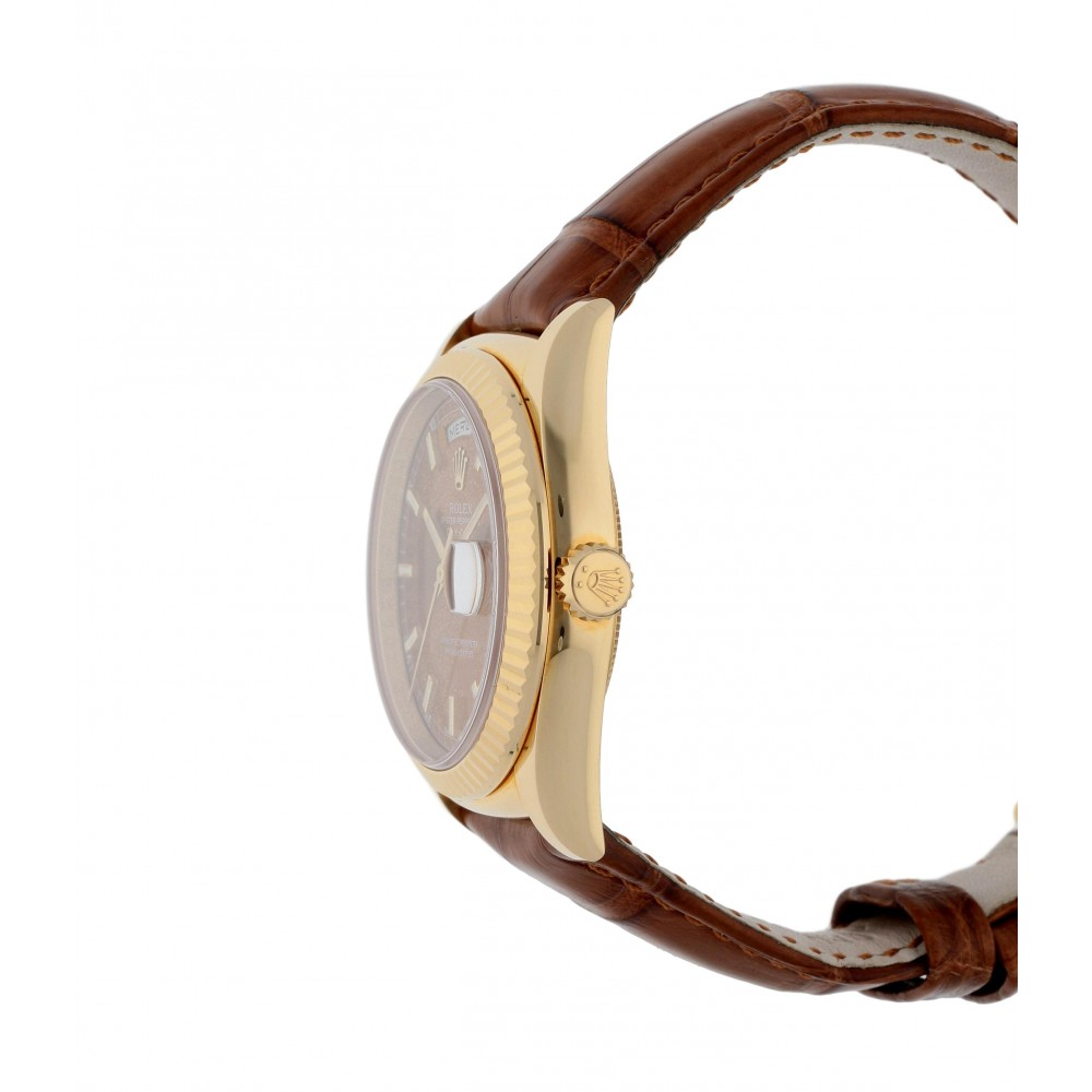 DAY DATE 118138 YELLOW GOLD LEATHER 36MM W540 118138-04