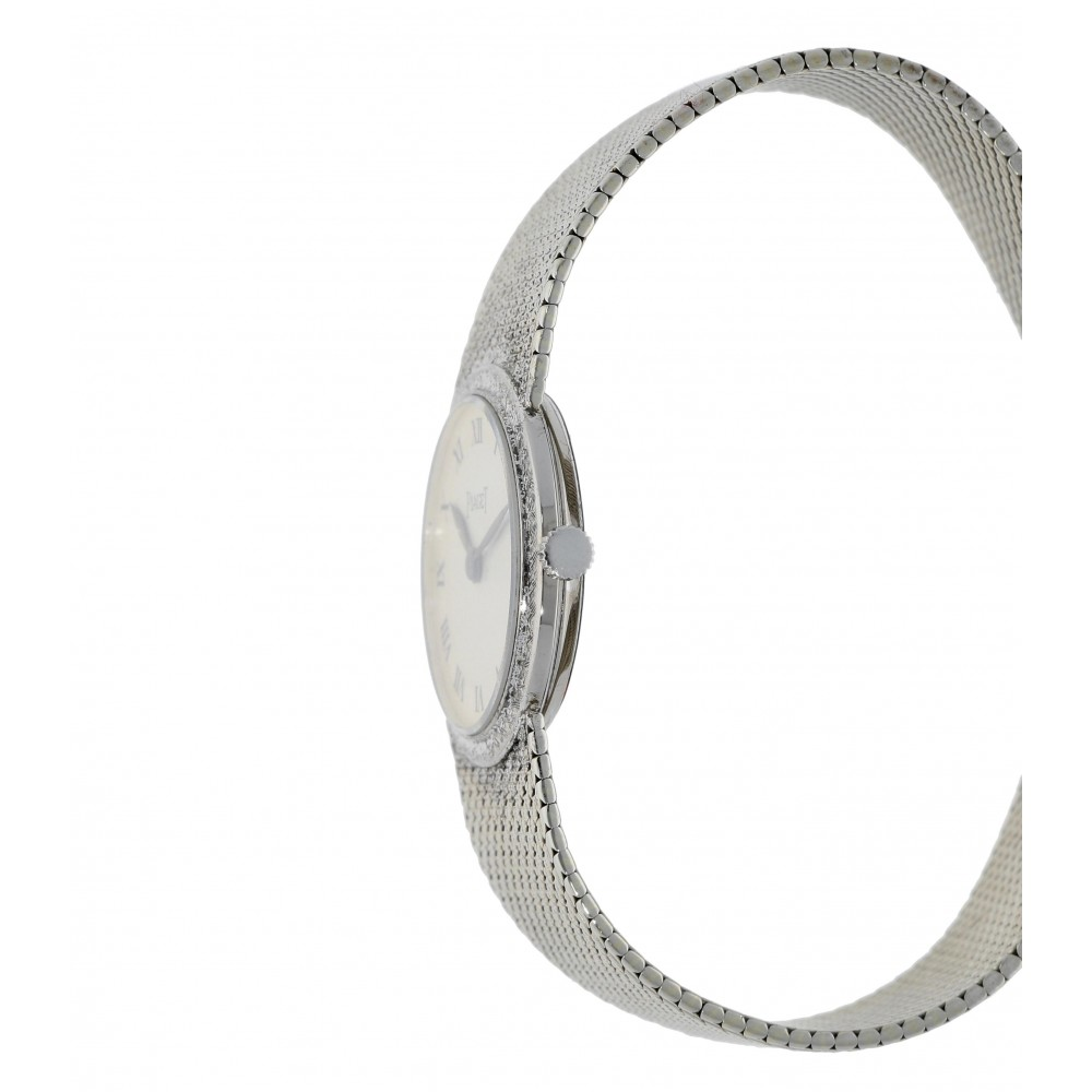 PIAGET CLASSIC LADY 924 WHITE GOLD 24MM WEIGHS 45 GRAMS W3084 924-03