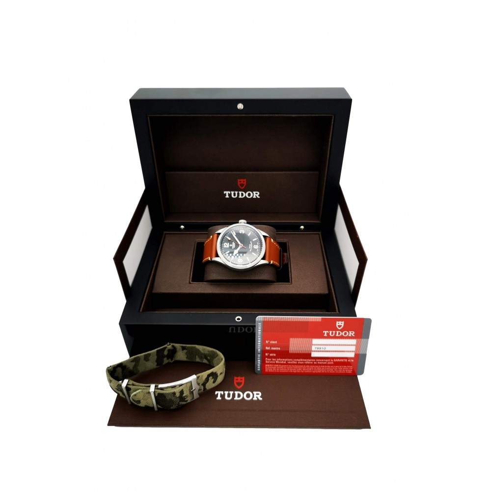HERITAGE RANGER 79910 STAINLESS STEEL TWO STRAPS 41MM FULL SET YEAR 2014 W5333 79910-04